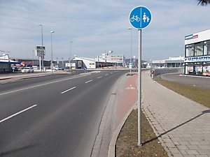 Bild 1 - Beginn Radweg